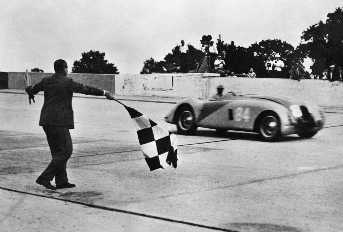 Bugatti Tank Website